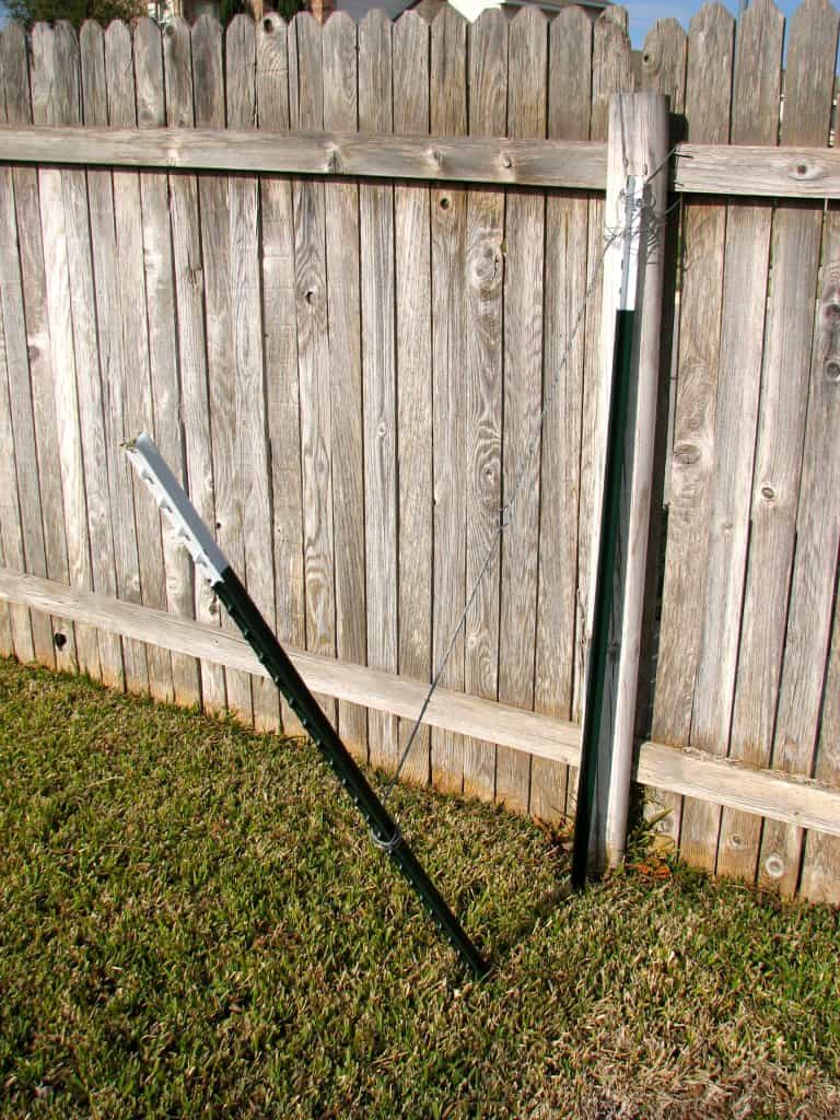 Temporary Fixes for a Broken Fence Post on Your Privacy Fence ...